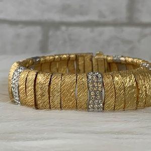 Gold stretch diamondesque bracelet